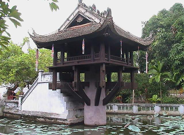Lịch Sử Việt Nam Bằng Tranh 31_chuamotcot