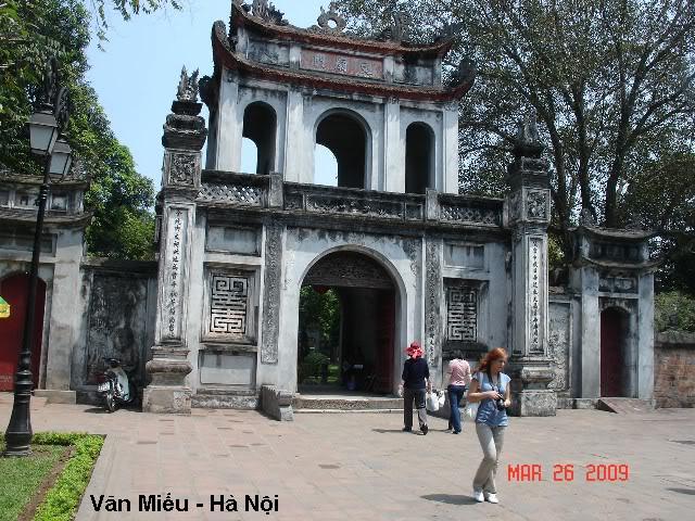 Lịch Sử Việt Nam Bằng Tranh 31_vanmieu