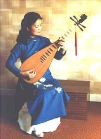 Nhạc cụ dân tộc Tyba-1