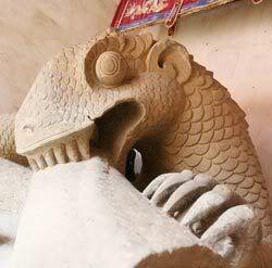Điêu khắc rồng VN 08108-thinh-thong