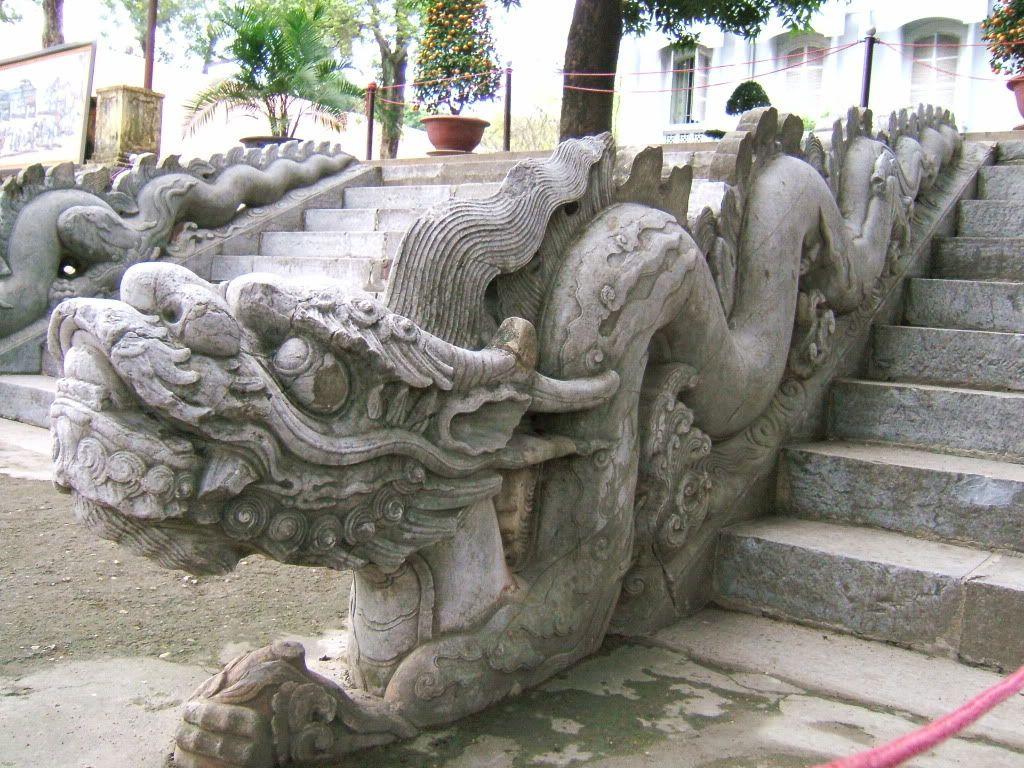 Điêu khắc rồng VN Dragon_Le_dynasty_Vietnam