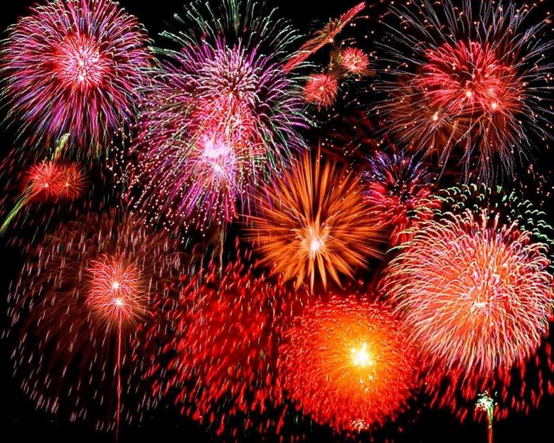 FELIZ NATAL ANO NOVO 2011 Fireworks-1-715929