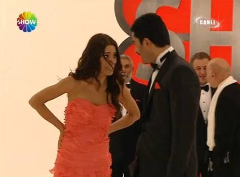 Ezel - serial turcesc difuzat pe  ATV  TR - Pagina 2 Ezel010