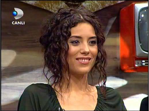 Ezel - serial turcesc difuzat pe  ATV  TR - Pagina 2 26