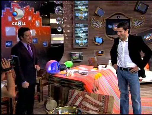 Ezel - serial turcesc difuzat pe  ATV  TR - Pagina 2 29