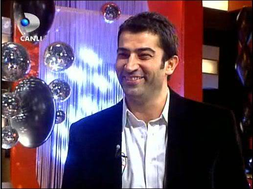 Ezel - serial turcesc difuzat pe  ATV  TR - Pagina 2 30