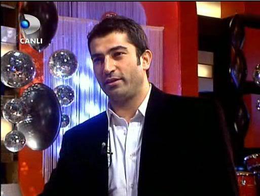 Ezel - serial turcesc difuzat pe  ATV  TR - Pagina 2 32