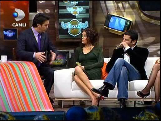 Ezel - serial turcesc difuzat pe  ATV  TR - Pagina 2 44