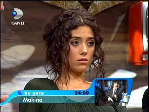 Ezel - serial turcesc difuzat pe  ATV  TR - Pagina 2 45