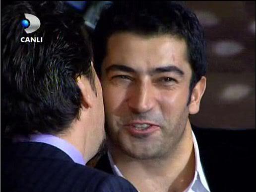 Ezel - serial turcesc difuzat pe  ATV  TR - Pagina 2 58