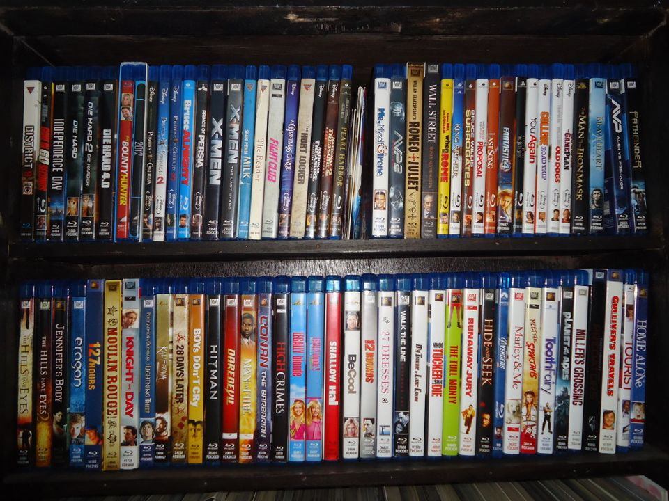 Post Pictures Of Your Home Video Collection DSC00309