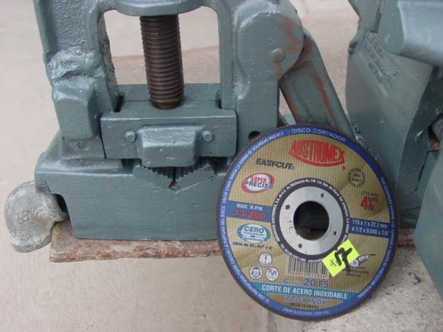 prensa - Construcción de tripíé para prensa manual de tubos. DSC07899