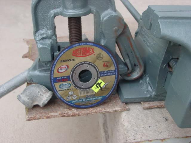 prensa - Construcción de tripíé para prensa manual de tubos. DSC07900