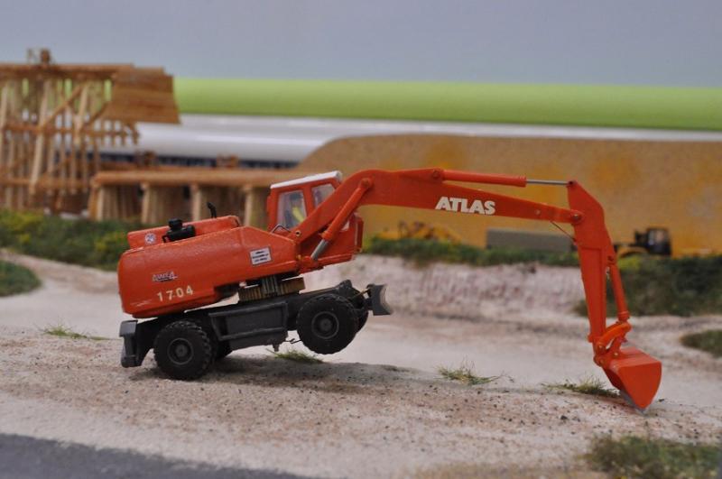 Atlas Mobilbagger 1704 in 1/87 Atlas1704_24102013_1_zps695896c9