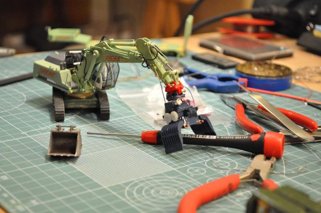 Mikrobaumaschinen Geiger_20130312_1_zpsfe6e8b11