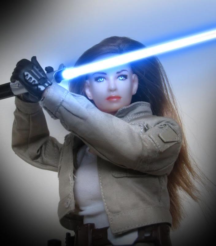 Female Jedi  002_zpsa867e088a