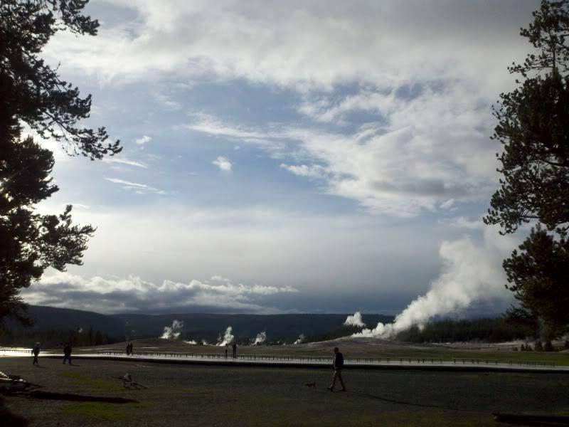 Road trip report: Yellowstone 2013-05-28_19-35-43_985_zps4e2d4f2f