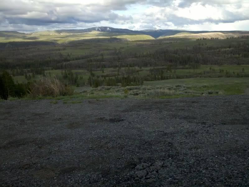 Road trip report: Yellowstone 2013-05-30_19-36-16_692_zpsae22daa4