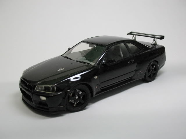 1/24 Nissan Skyline R34 GTR V-Spec II Photo002