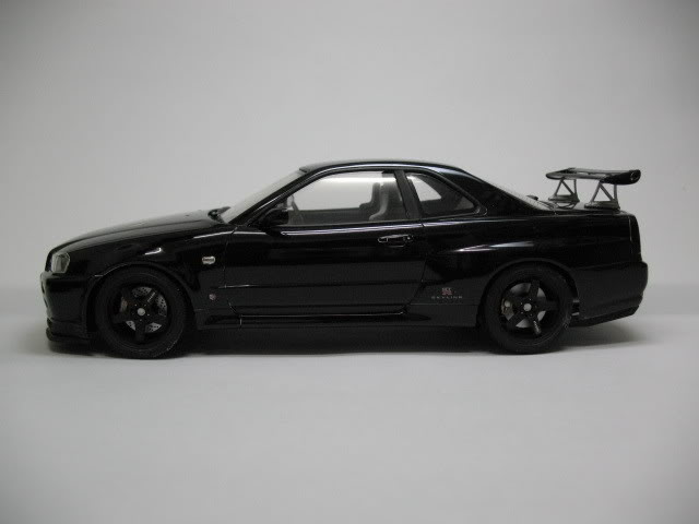 1/24 Nissan Skyline R34 GTR V-Spec II Photo004