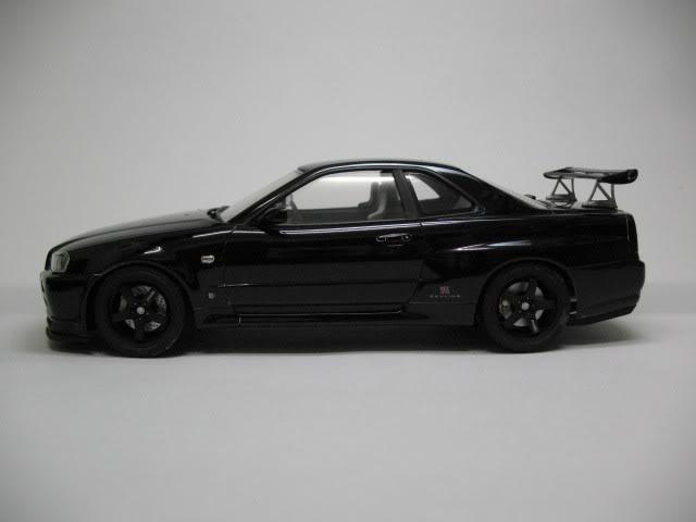 1/24 Nissan Skyline R34 GTR V-Spec II Photo004