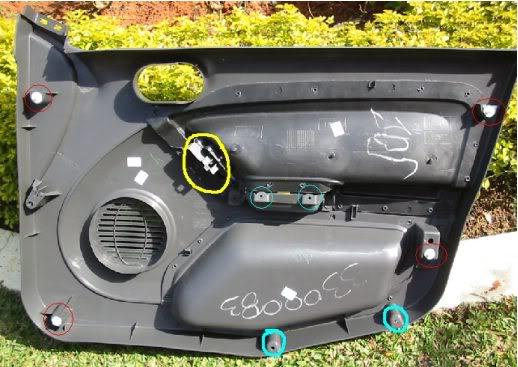 Pintando as Maçanetas Internas Fiesta Mk6 Porta_aberta