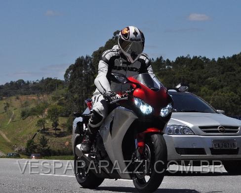 TROQUEI DE MOTO - CBR 1000RR  0455Page001