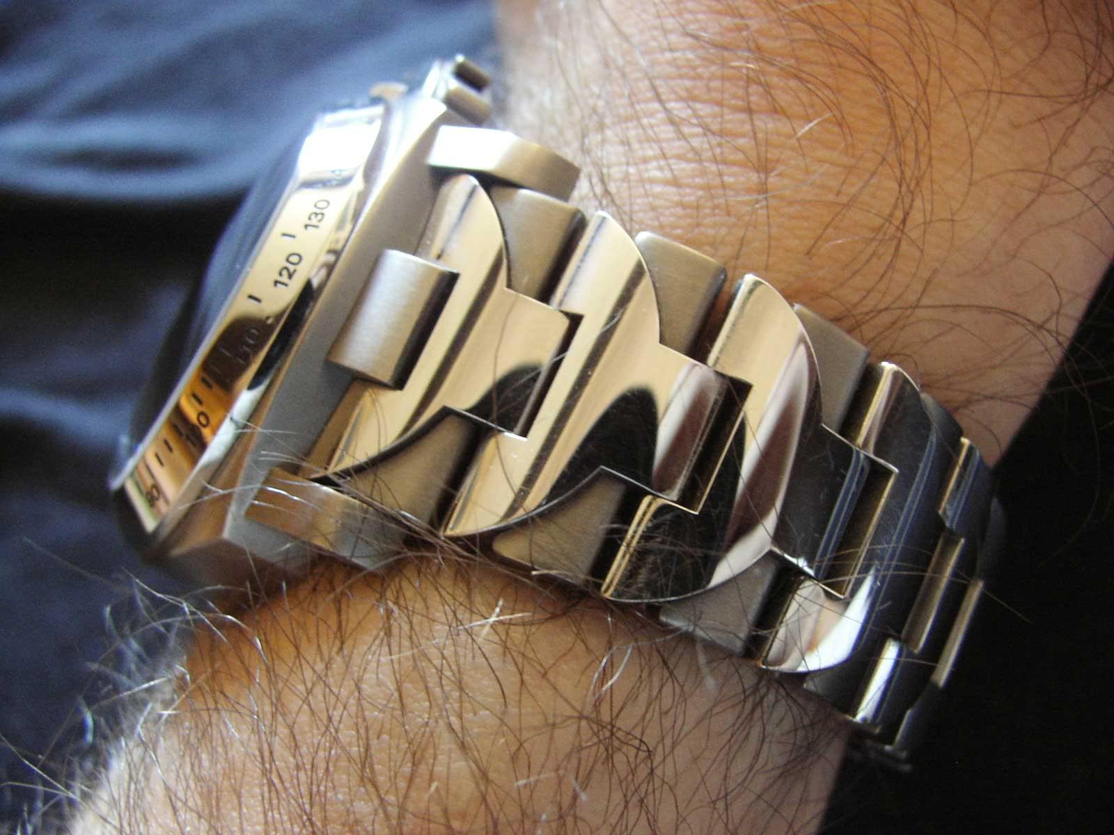 panerai - vos bracelets acier preferes ? - Page 3 Pam168onGorilla