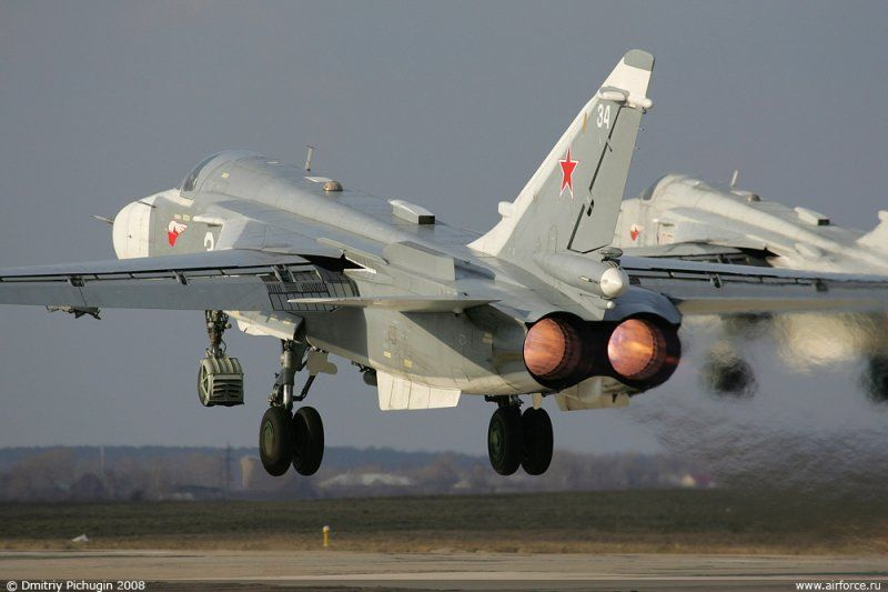 المقاتله Su-24 Fencer القاذفه  2c6fa0ab8b134c86c5eff505b5bd1ea6