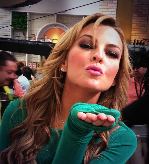 marjorie de sousa _მარჯორიე დე სოუსა - Page 4 6adc35164fa524a295bf42f02a95ef80