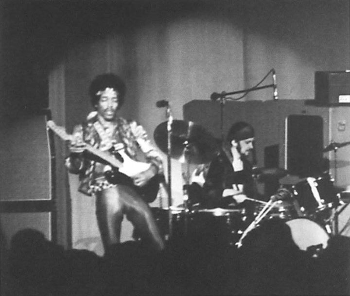 Milwaukee (Milwaukee Auditorium) : 1er mai 1970   Eae16e20ba89555ec2eb37a8968df096