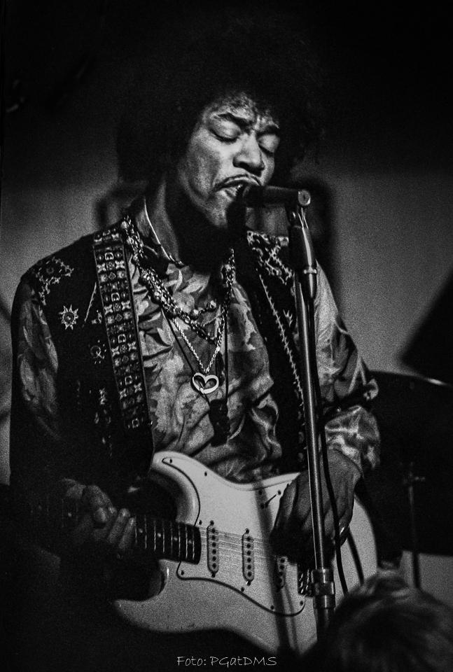 Hogbo (Popladan) : 8 septembre 1967 [Second concert]  83e0237b1e6ff2d4f59bf9d3a2434931