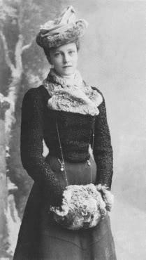 El Hijo del Príncipe Heredero Rodolfo de Habsburgo 1880-1881 - Página 3 017