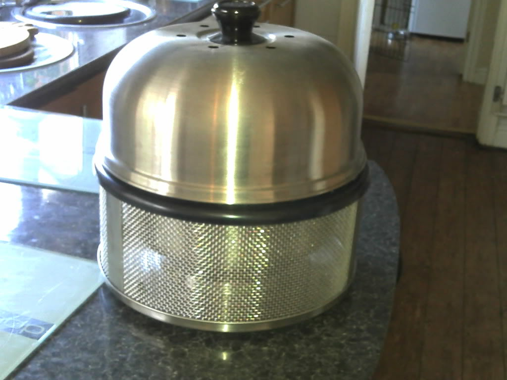 Cobb BBQs - Not just your ordinary BBQ ! 2011-03-01_16-23-56_437