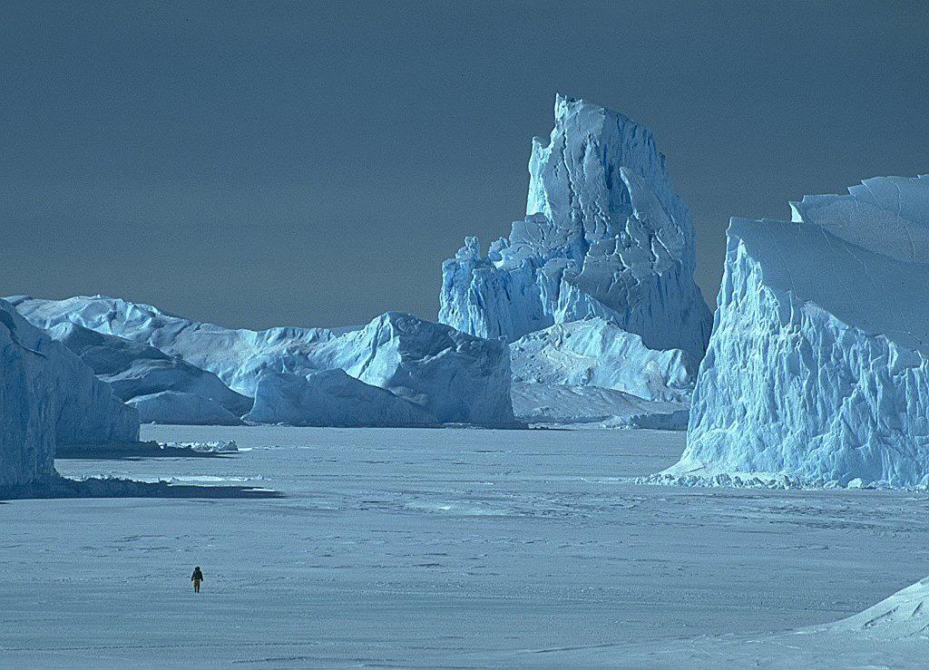 LANDSCAPE WALLPAPER Top-Iceberg-landscape-wallpapers