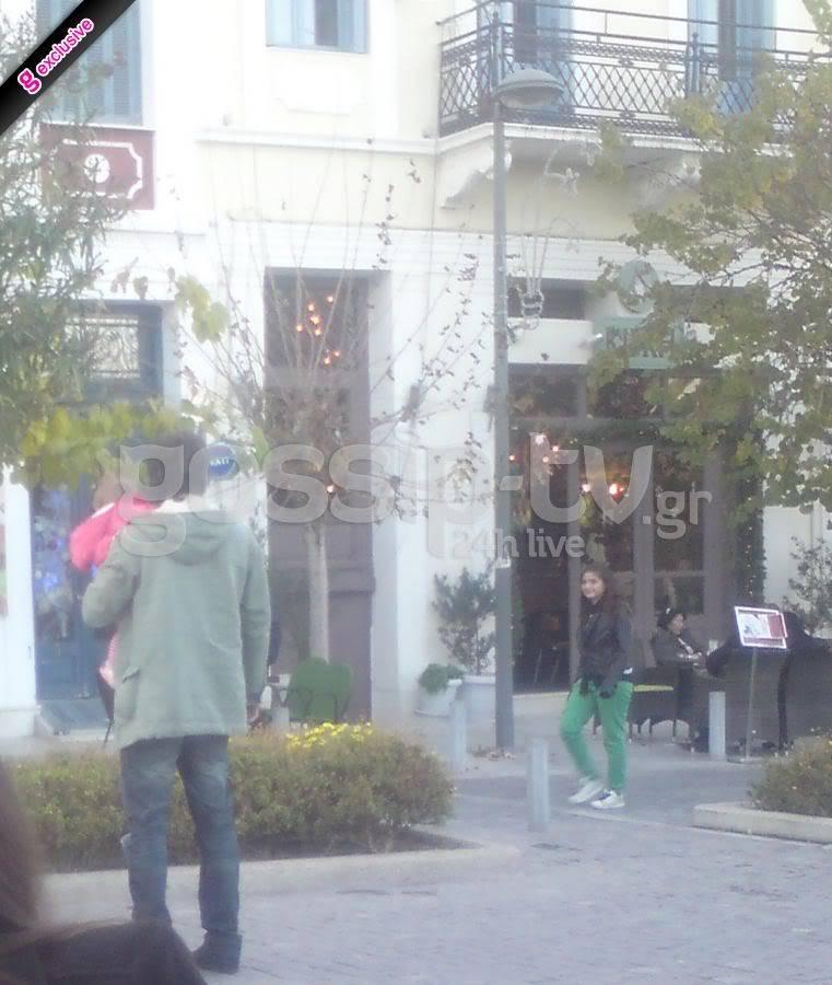 Αλέξανδρος Σταύρου: Βόλτα με την κορούλα του ~ gossiptv.gr (7-12-2011) DSC063tttttttttttttttttttttttttttttttt80