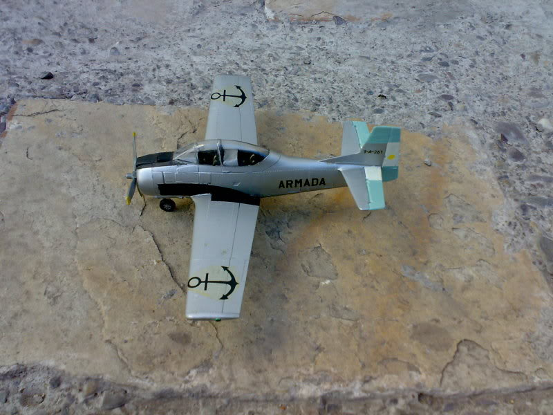T-28 FENEC (ARGENTINO) 1/72 09112009202