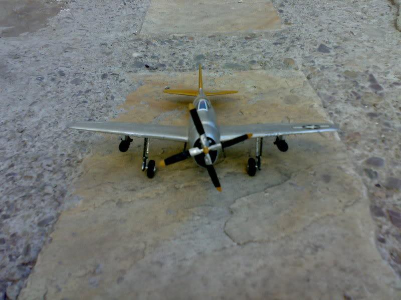 REPUBLIC P-47 THUNDERBOLT 1/72 09112009221