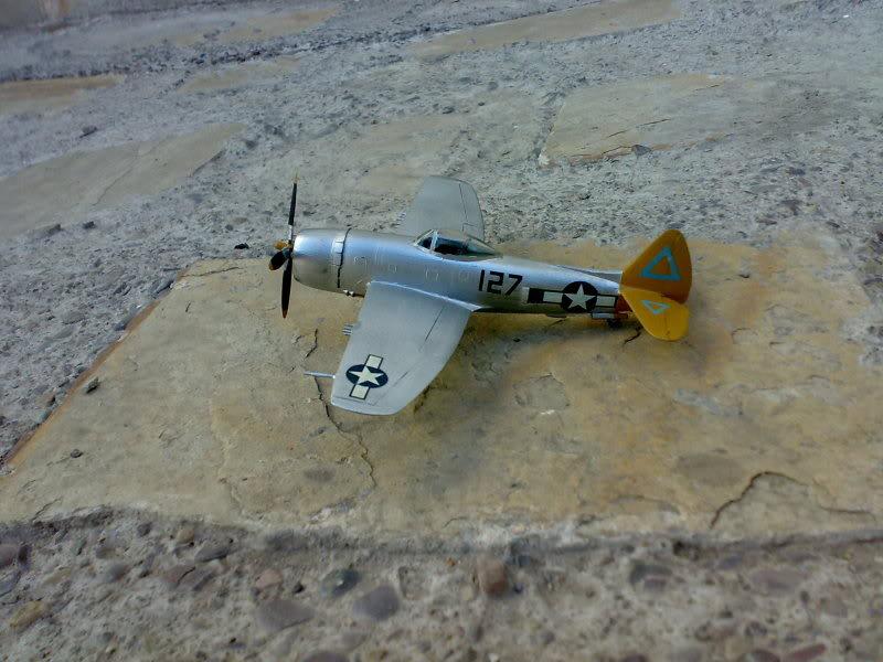 REPUBLIC P-47 THUNDERBOLT 1/72 09112009231
