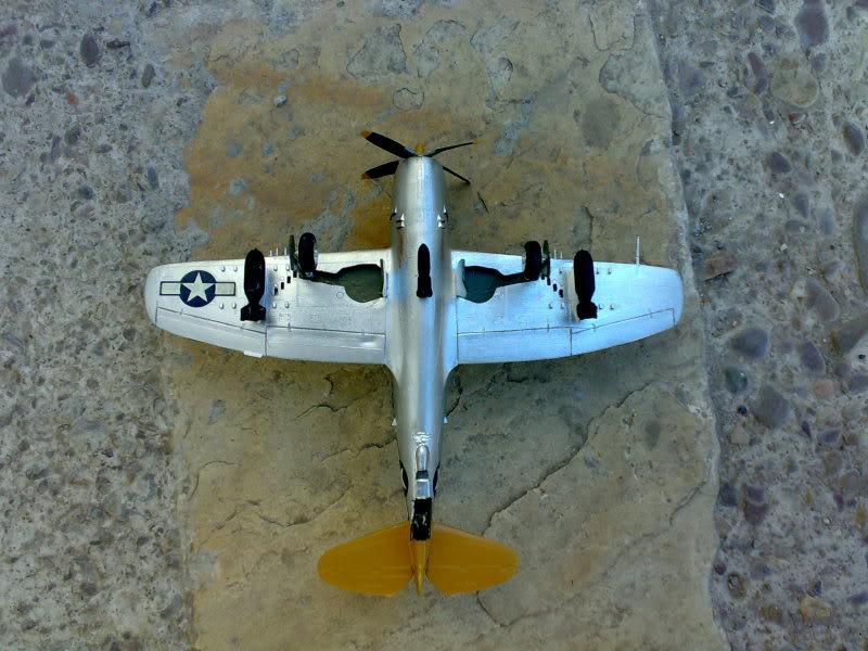REPUBLIC P-47 THUNDERBOLT 1/72 09112009232