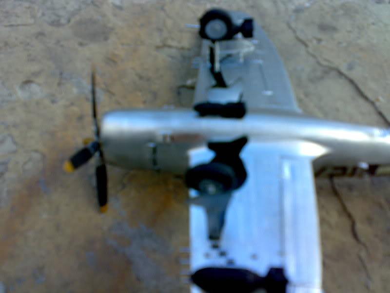 REPUBLIC P-47 THUNDERBOLT 1/72 09112009233