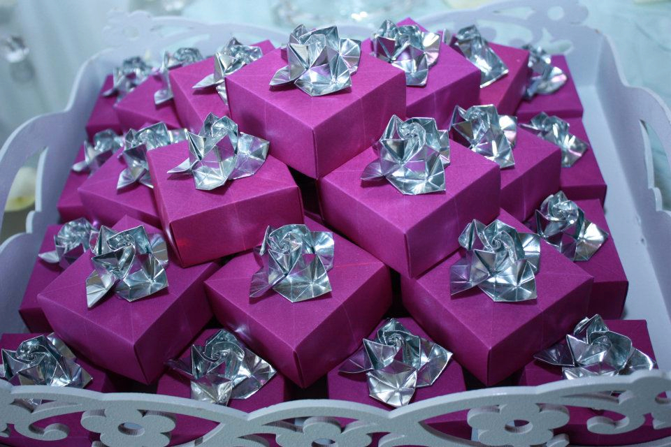 Origami's da Pah!! hihii 302142_250971148289061_1893675655_n