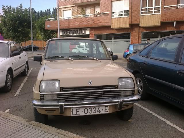 Los Renault Siete y 7 que nos encontramos en la calle. - Página 2 28092012531