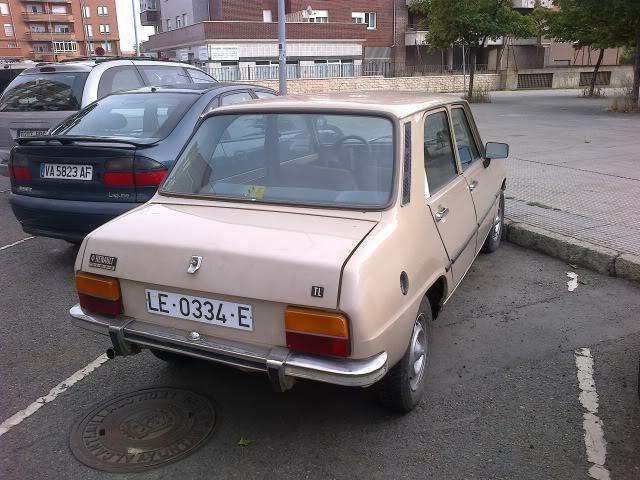 Los Renault Siete y 7 que nos encontramos en la calle. - Página 2 28092012532