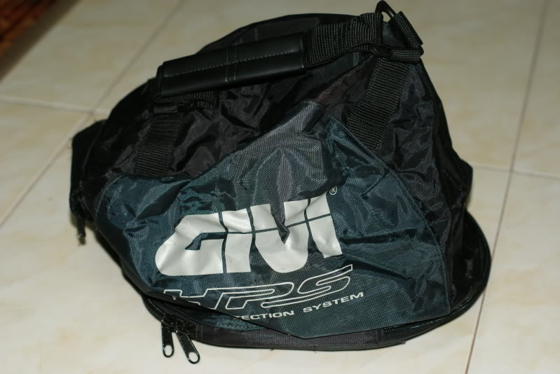 givi hps helmet bag rm70 DSC03285