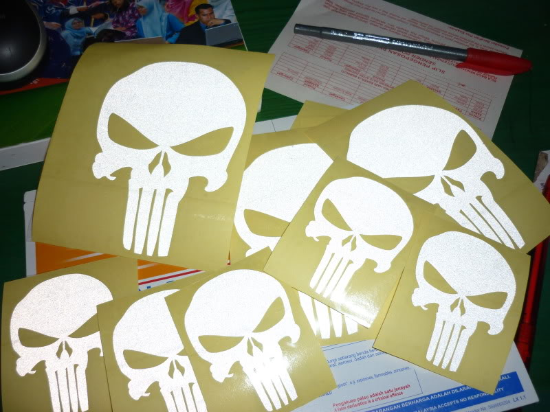 'the punisher': rm5 small rm8 big P1010234