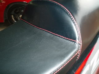 DESIGN A: HUMP REAR AND FLAT RIDER SEATING RM80 P7290504