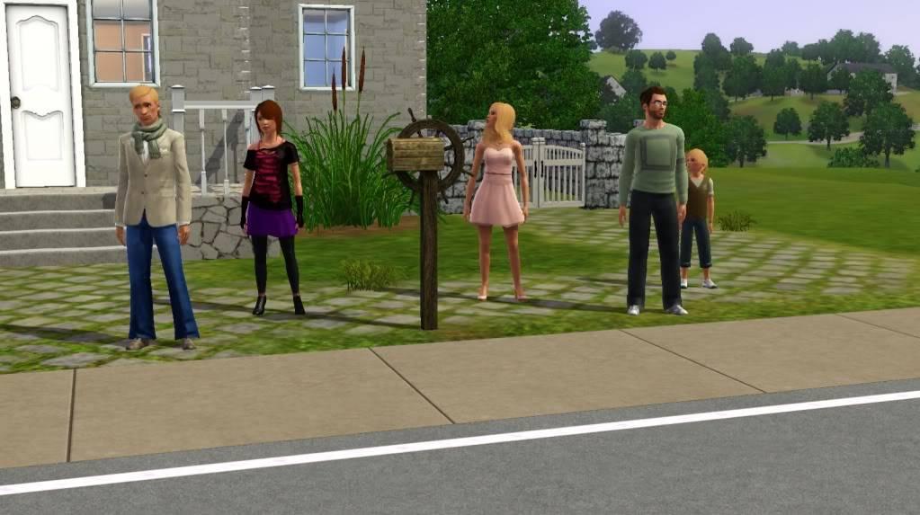My newest sim family... Screenshot-6