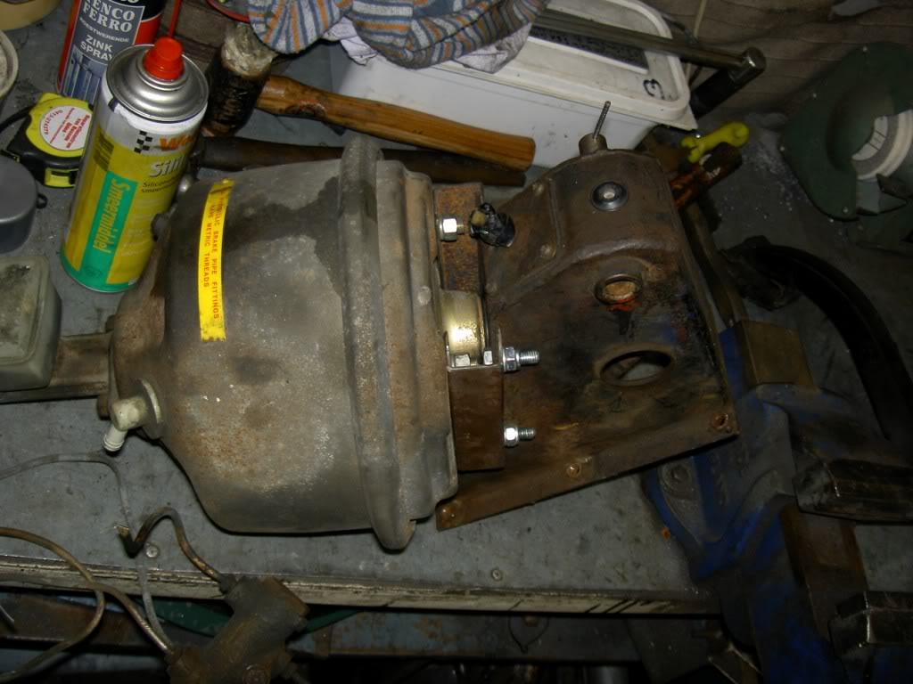 Des freins à disques pour nos Serie.... PICT0488-1