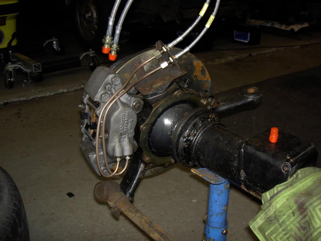 Des freins à disques pour nos Serie.... PICT0500